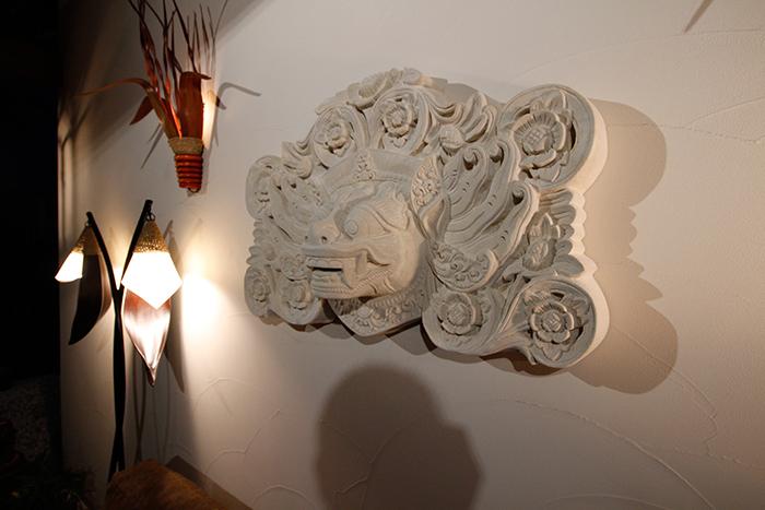 バロン 石像 壁掛け オブジェ
